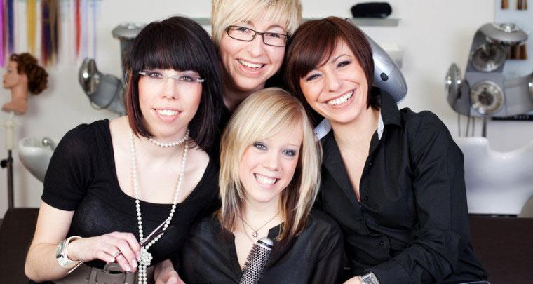 Friseur Chef Mitarbeiter Führung führen Salon