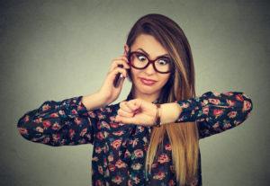 Terminausfälle Terminausfall Friseurtermin Termin Stornierung stornieren Friseur Friseursalon Kunde Kundin Kunden kommen nicht sagen ab kurzfristig zu spät erscheinen