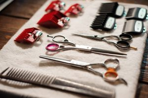 Werkzeug Geld Werkzeuggeld Friseur Lohn