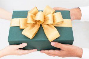 steuerfrei Lohn Arbeitgeber besonderer Anlass Leistung Geschenk