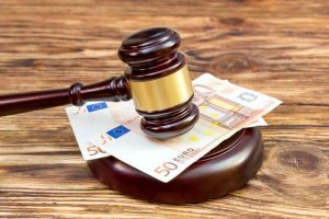 Urteil Anzahlung Friseur Termin Vertrag Vereinbarung Schadensersatz